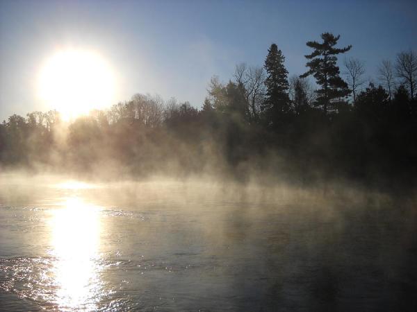 sun-through-morning-mist-kent-lorentzen